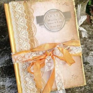 Hollywood Wedding guest book - 24 p..