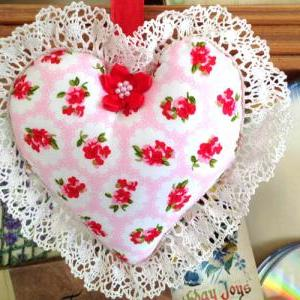 Heart Shape Cushion decoration - in..